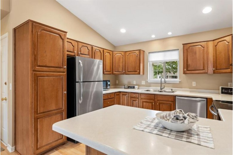 1419 W Woodstone Drive, Appleton, WI by Coldwell Banker Real Estate Group $255,000