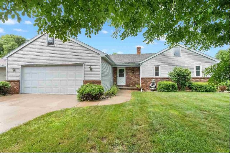 1917 N Mcintosh Drive, Appleton, WI by Century 21 Affiliated $210,000