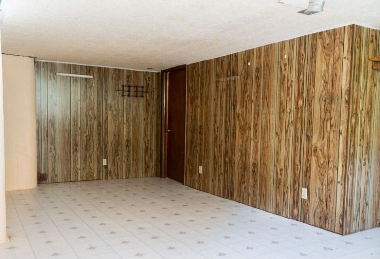 631 Butler Street, De Pere, WI by Keller Williams Green Bay $149,900