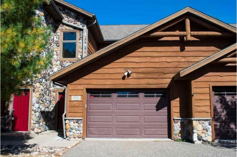 W4122 Vista Dr Mauston, WI 53948 by Castle Rock Realty Llc $239,000