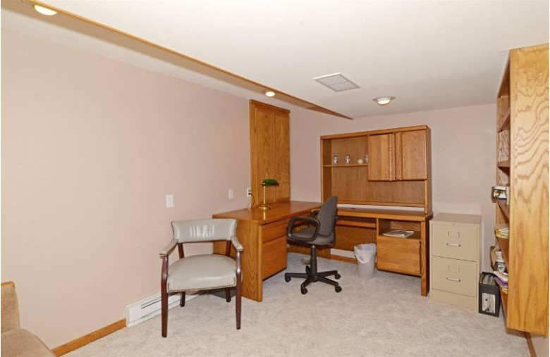 5202 Dorsett Dr, Madison, WI by Restaino & Associates Era Powered $399,000