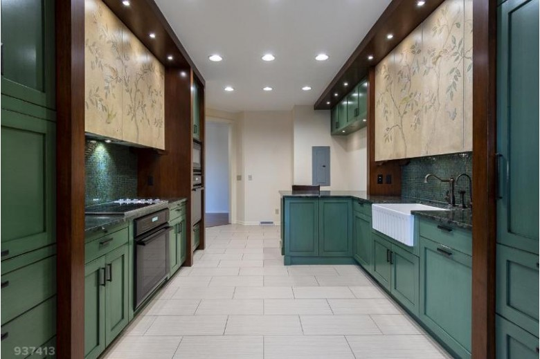 2822 Marshall Ct 9 Madison, WI 53705 by Sprinkman Real Estate $394,000