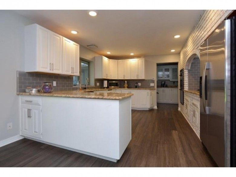 1217 Orchard Ln, Fort Atkinson, WI by Madcityhomes.com $389,000