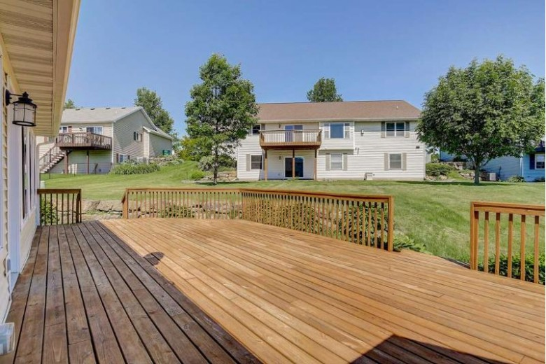 508 Brookstone Pass Mount Horeb, WI 53572 by Keller Williams Realty $385,000