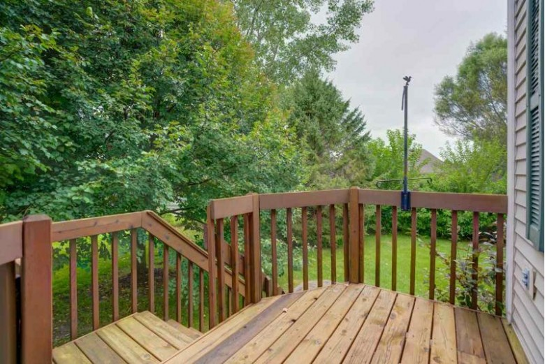837 Jenna Ct Verona, WI 53593 by First Weber Real Estate $274,900