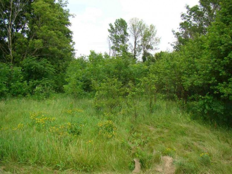 W7228 Hwy 33, Beaver Dam, WI by Re/Max Prime $89,900