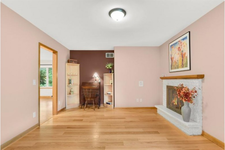 6117 Driftwood Ave, Madison, WI by Lauer Realty Group, Inc. $390,000