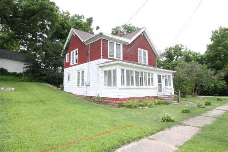 201 N Mechanic St, Albany, WI by Briggs Realty Group, Inc $99,000