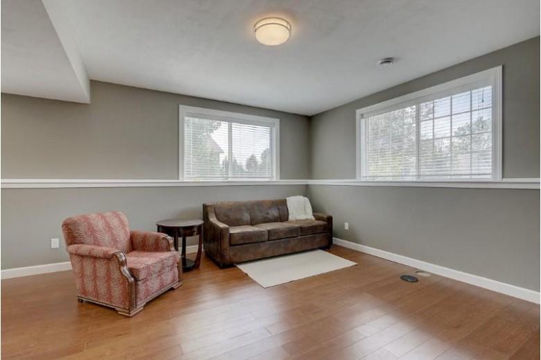 6706 Windsor Ridge Ln, Windsor, WI by Re/Max Preferred $299,900