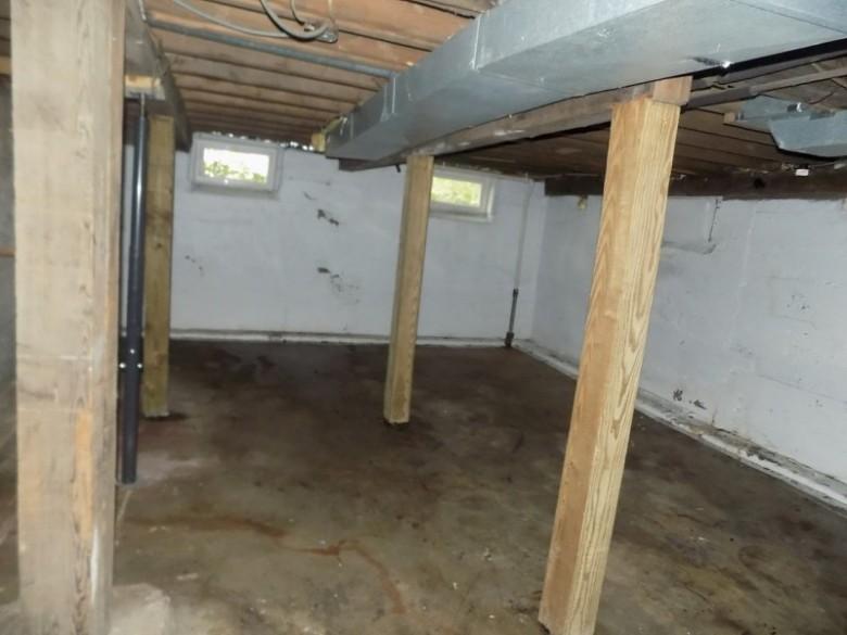 125 N Park Avenue Medford, WI 54451 by First Weber Real Estate $69,900