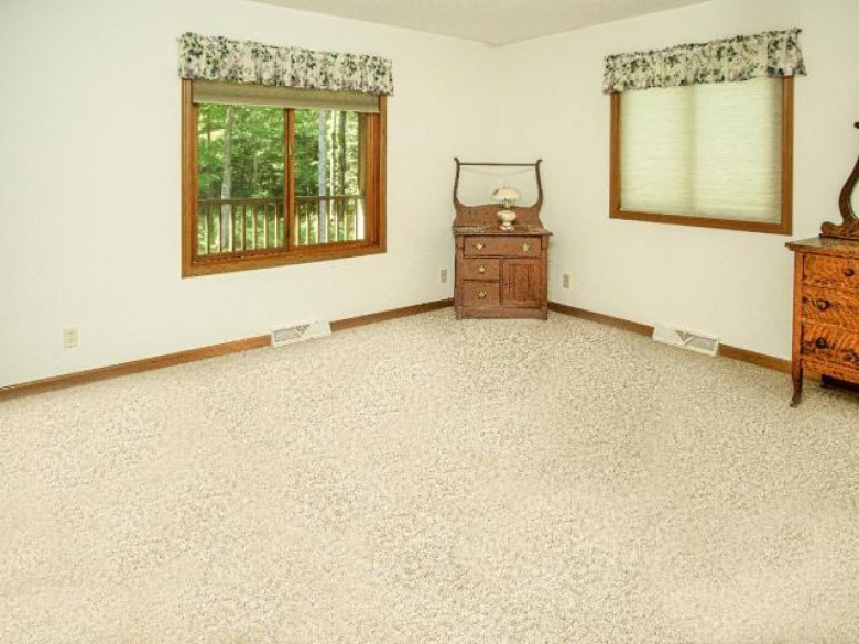 5712W Maple Woods Rd, Pence, WI by Coldwell Banker Mulleady - Mw $192,500