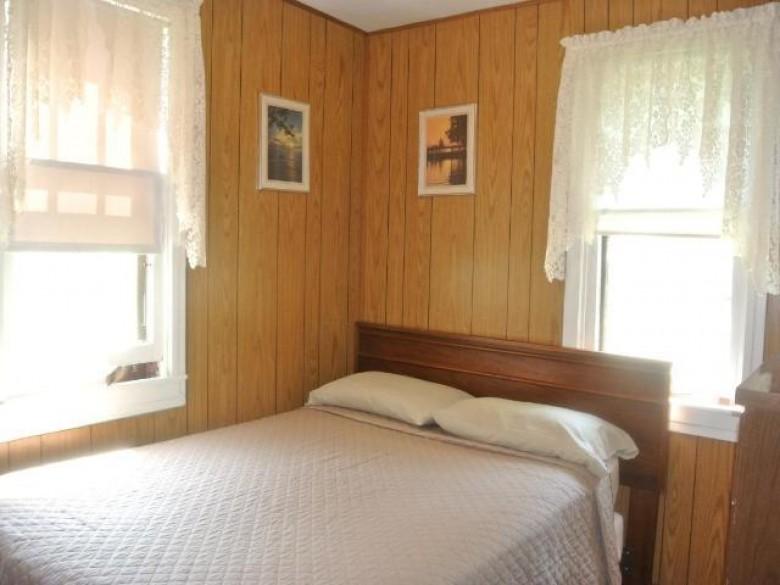 N10469 Horseshoe Rd King, WI 54487 by Redman Realty Group, Llc $349,900