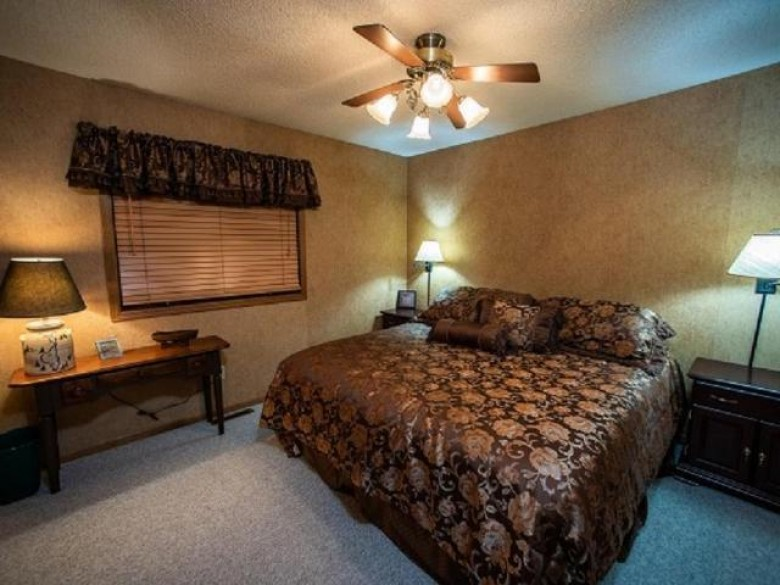 7854 Townsite Rd Winchester, WI 54557 by Redman Realty Group, Llc $575,000