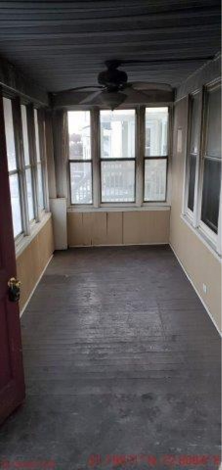 6912 30th Ave, Kenosha, WI by Re/Max Newport Elite $35,000