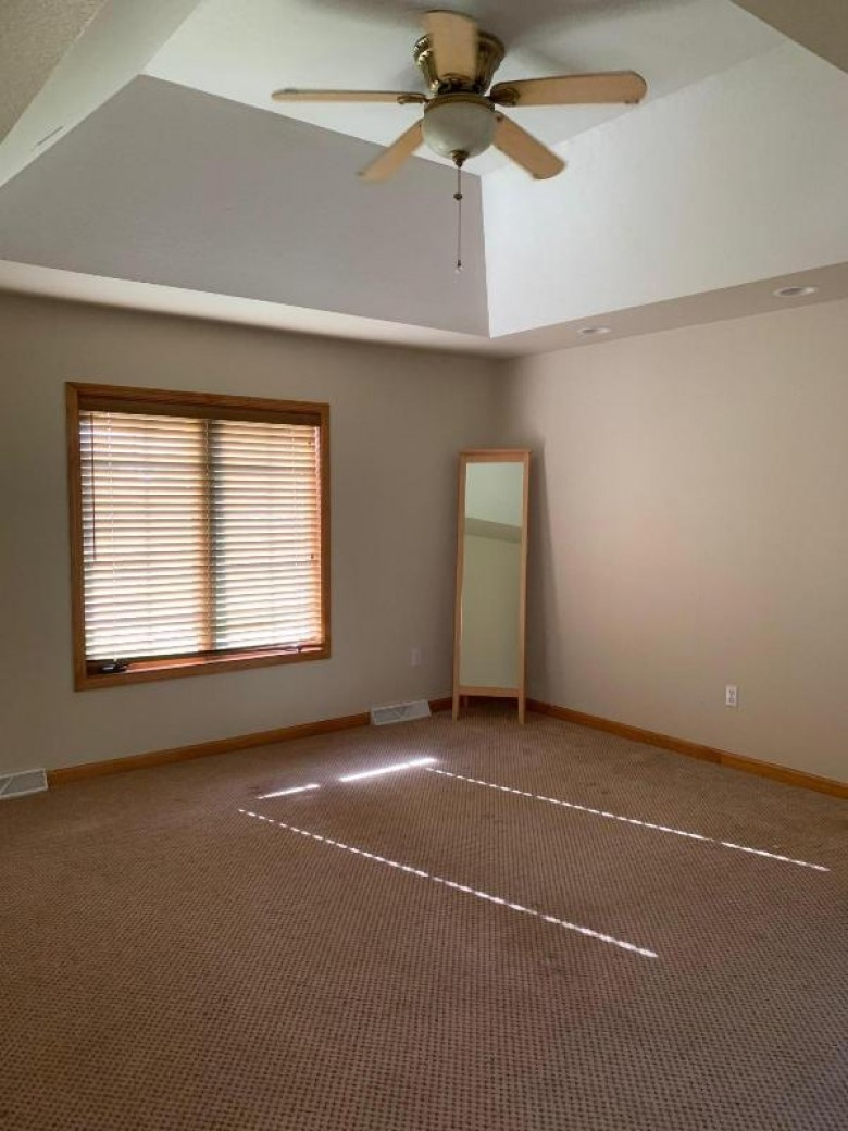 N55W27222 James Dr Pewaukee, WI 53072-1151 by Design Realty, Llc $509,899