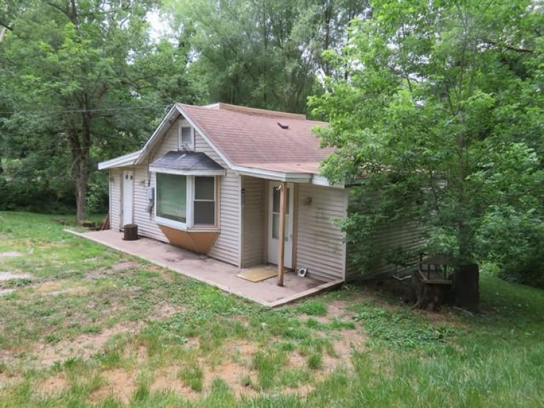 828 Hickory Rd, Twin Lakes, WI by Bear Realty, Inc $73,900