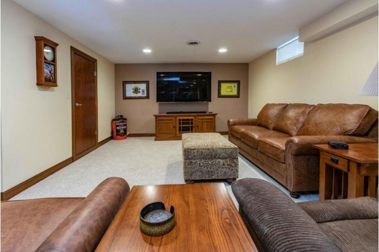 4921 Lake Dr West Bend, WI 53095-9240 by First Weber Real Estate $425,000