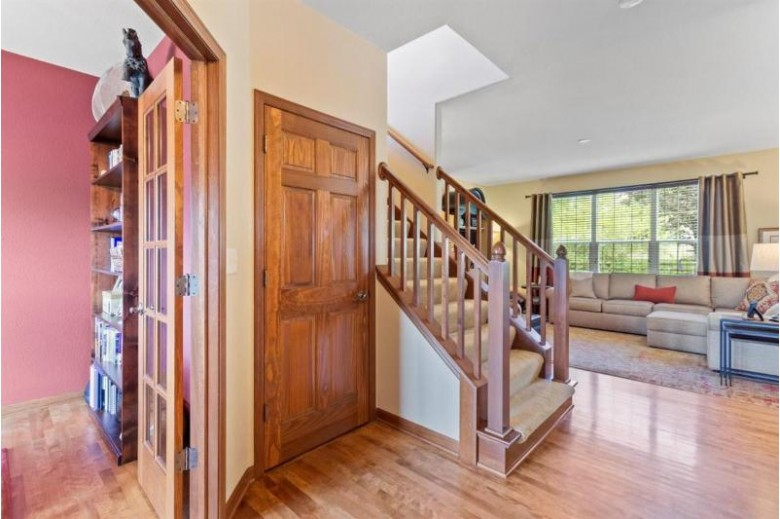 N25W27276 Fairmount Ct Pewaukee, WI 53072-4962 by First Weber Real Estate $525,000