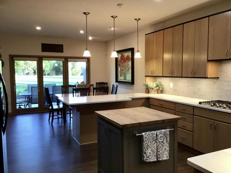 1123 E Sweetbriar Ln Hartland, WI 53029-8633 by Design Realty, Llc $575,000