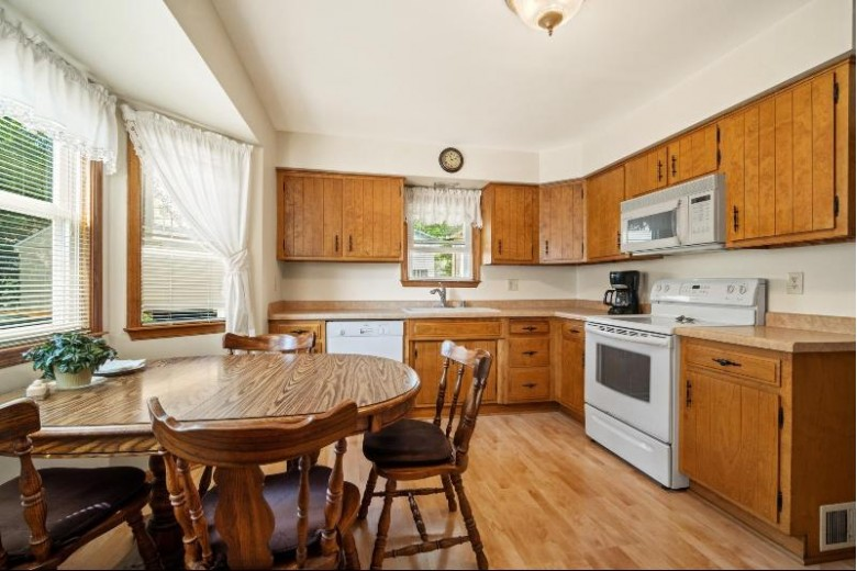1135 S 93rd St West Allis, WI 53214-2710 by Coldwell Banker Realty $179,900