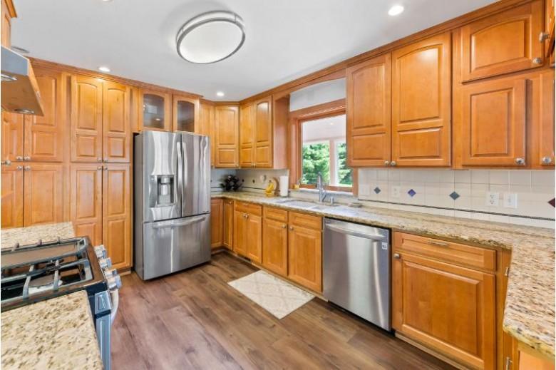 6943 Cummens Ct Hartford, WI 53027-9785 by Shorewest Realtors, Inc. $354,900