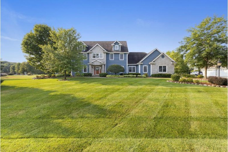 38953 Forest Run Summit, WI 53066-9130 by Century 21 Affiliated - Delafield $554,000