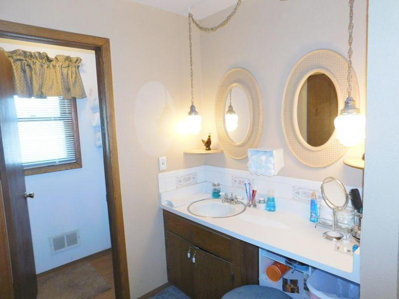 807 S 105th St, West Allis, WI by Klose Realty, Llc $264,900