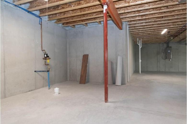 1536 Dovetail Dr, Hartford, WI by Shorewest Realtors, Inc. $299,900