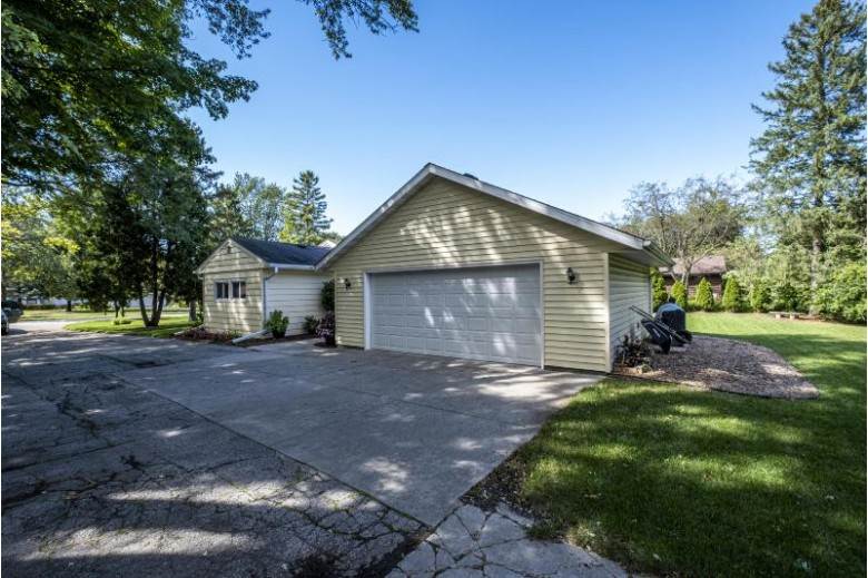 230 Westmoor Dr, Brookfield, WI by First Weber Real Estate $364,900