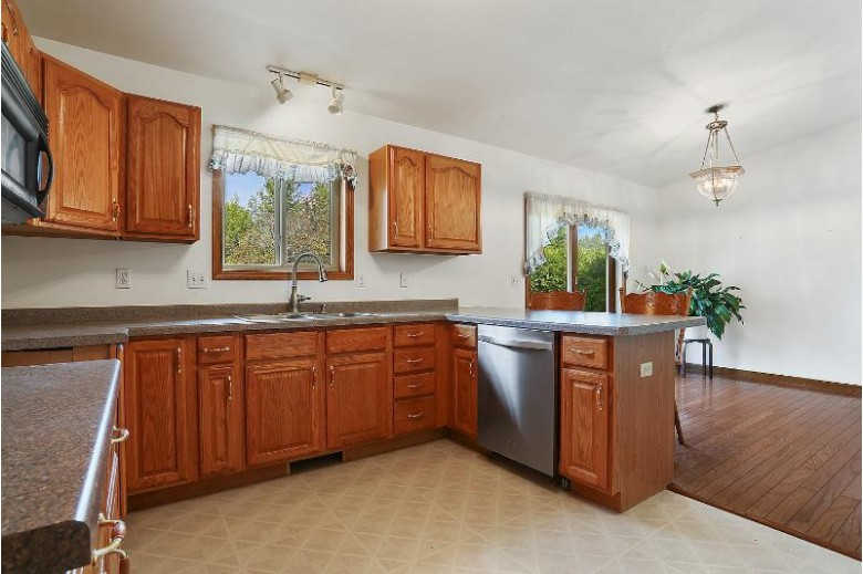 7580 Sunset Dr, Two Rivers, WI by Coldwell Banker Real Estate Group~manitowoc $259,900