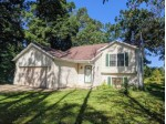 23302 Norwood Dr Waterford, WI 53185-3807 by First Weber Real Estate $250,000