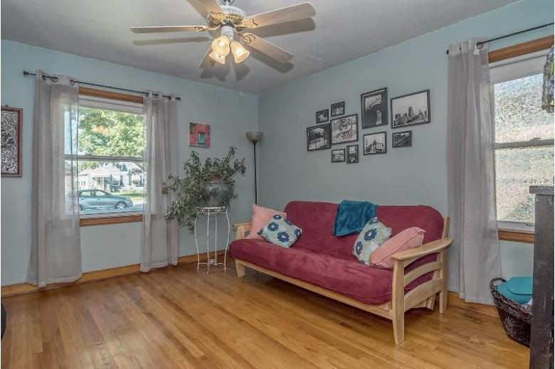 3330 N 82nd St, Milwaukee, WI by Coldwell Banker Homesale Realty - Wauwatosa $178,000