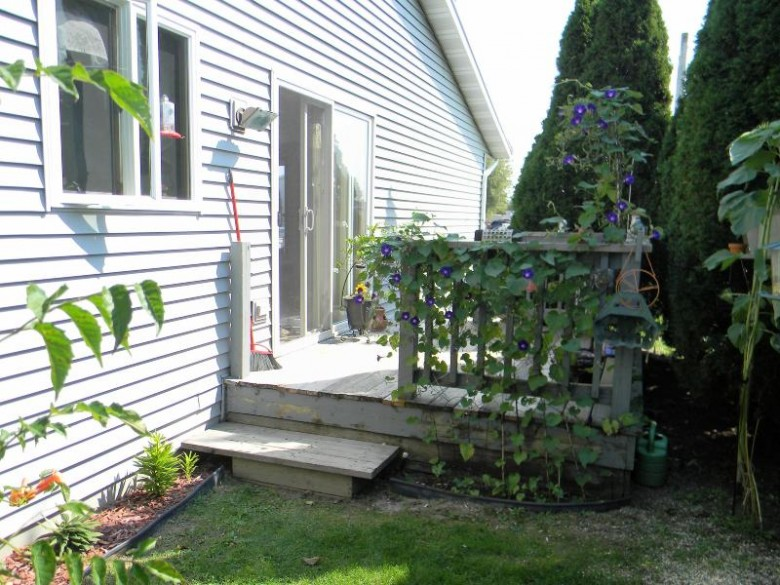 100 N 15th St 1, Oostburg, WI by Homeowners Concept $125,000