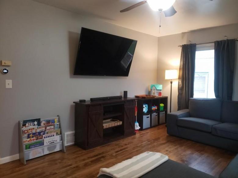 3663 S 81st St Milwaukee, WI 53220-1021 by Luna Listings $184,900
