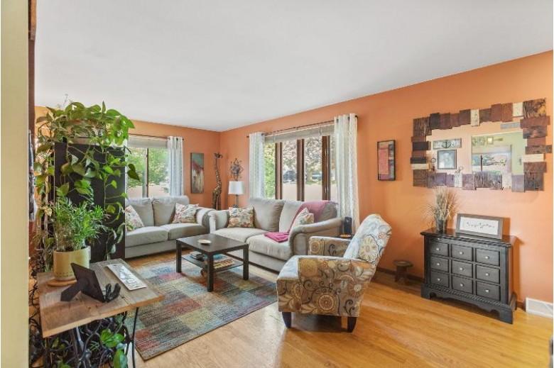 585 Oak St, Burlington, WI by Realty Executives Southeast $264,500