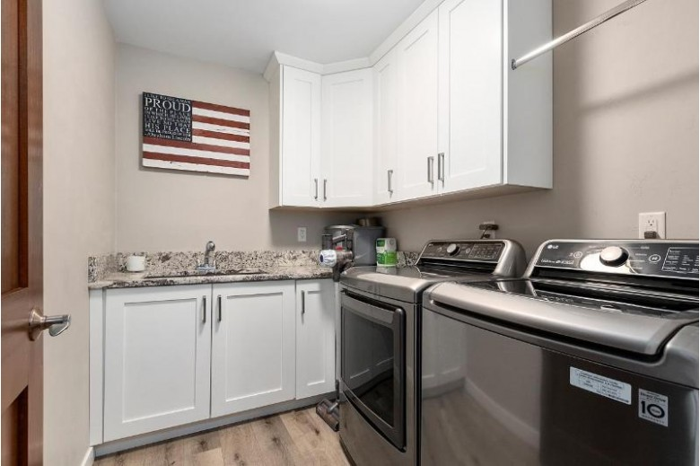 862 Lorinda Avenue, Omro, WI by Keller Williams Fox Cities $274,000