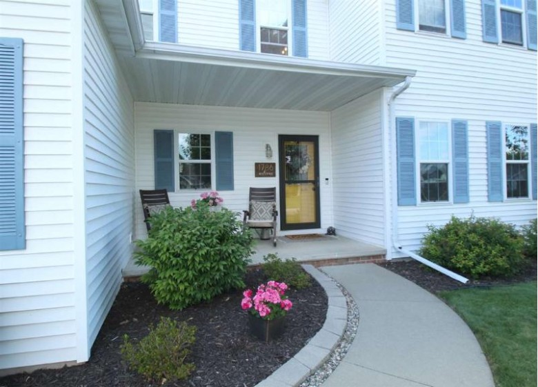 1786 Spring Hill Court Neenah, WI 54956 by OK Realty $325,000