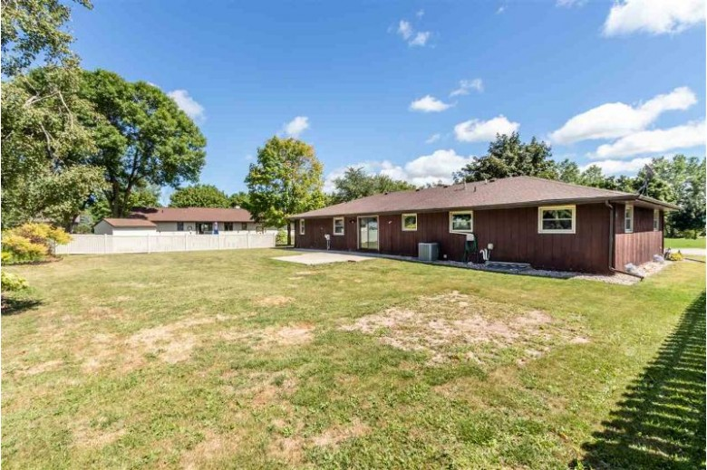 828 Lone Oak Road, De Pere, WI by Coldwell Banker Real Estate Group $218,000
