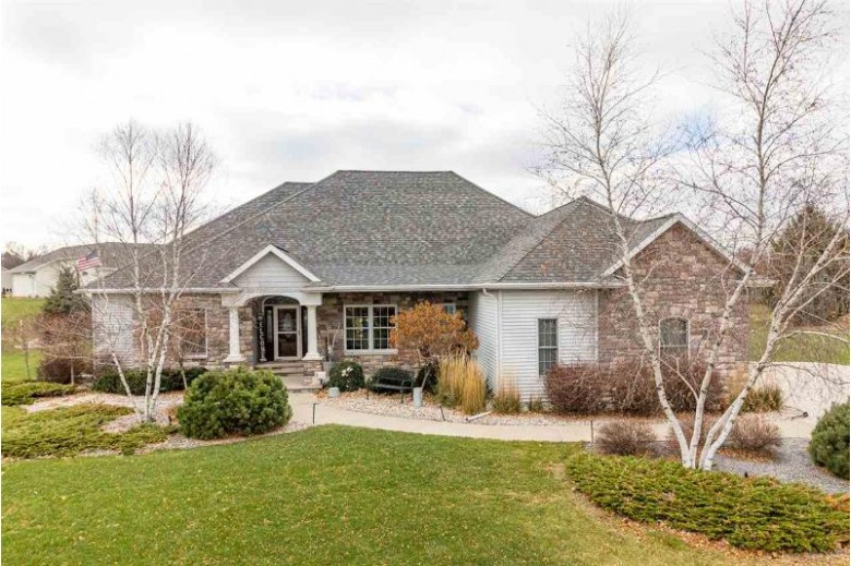 4521 Ravine Way, Oshkosh, WI by First Weber Real Estate $489,900