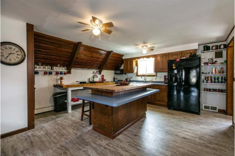 940 St James Cir, Platteville, WI by Keller Williams Legacy Group $179,000
