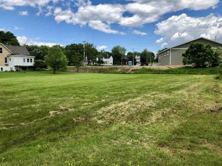 135 Wisconsin St, Merrimac, WI by First Weber Real Estate $124,900