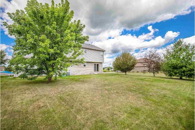 6125 Eagle Cave Dr McFarland, WI 53558 by Inventure Realty Group, Inc $350,000