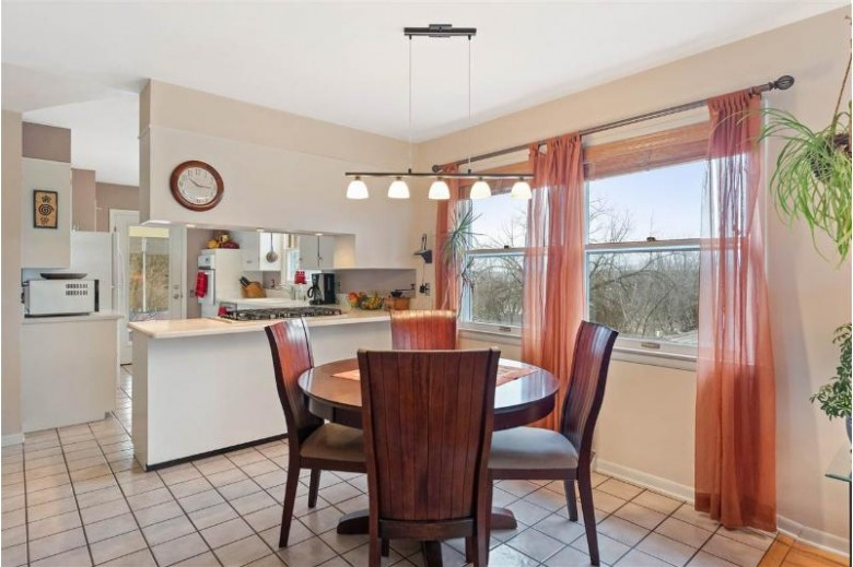 1706 Parmenter St Middleton, WI 53562 by Mhb Real Estate $345,000
