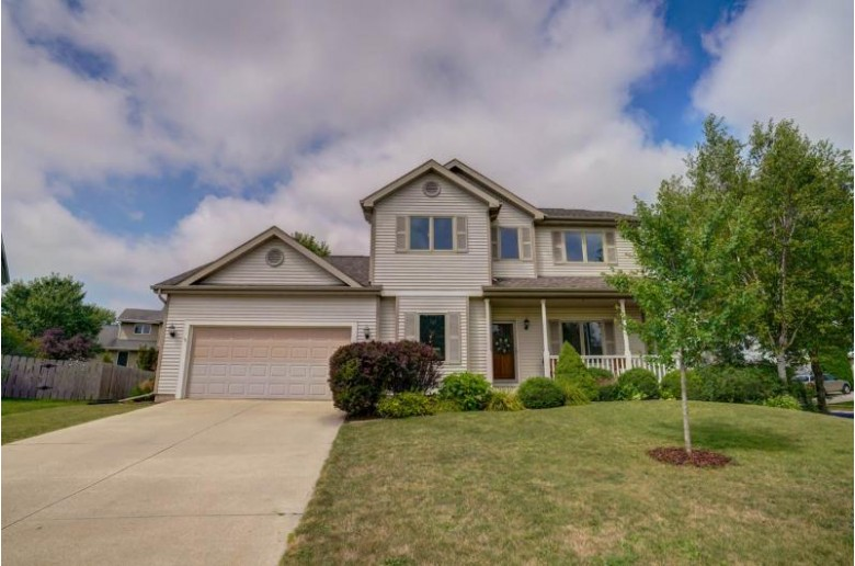 1 Country Glen Cir Madison, WI 53719 by Re/Max Preferred $349,900