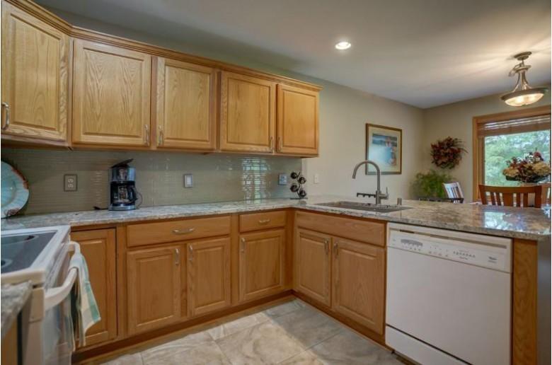 424 Goldenrod Cir, Verona, WI by Pinnacle Real Estate Group Llc $250,000