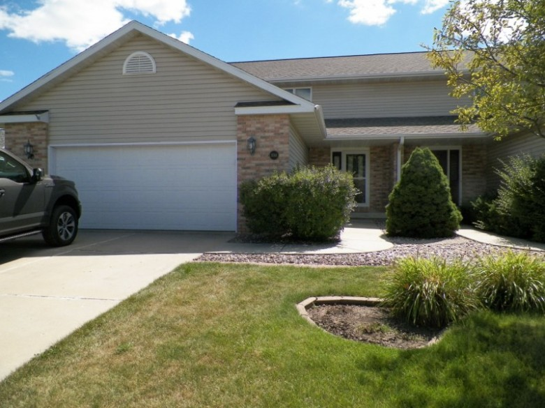 1014 S Perry Pky Oregon, WI 53575 by First Weber Real Estate $230,000