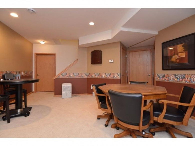 2755 Crinkle Root Dr Fitchburg, WI 53711 by Madcityhomes.com $414,000