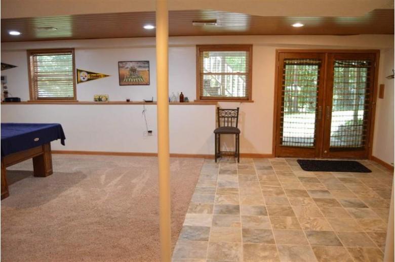 9659 N Arrowhead Shores Rd, Edgerton, WI by Best Realty Of Edgerton $299,000