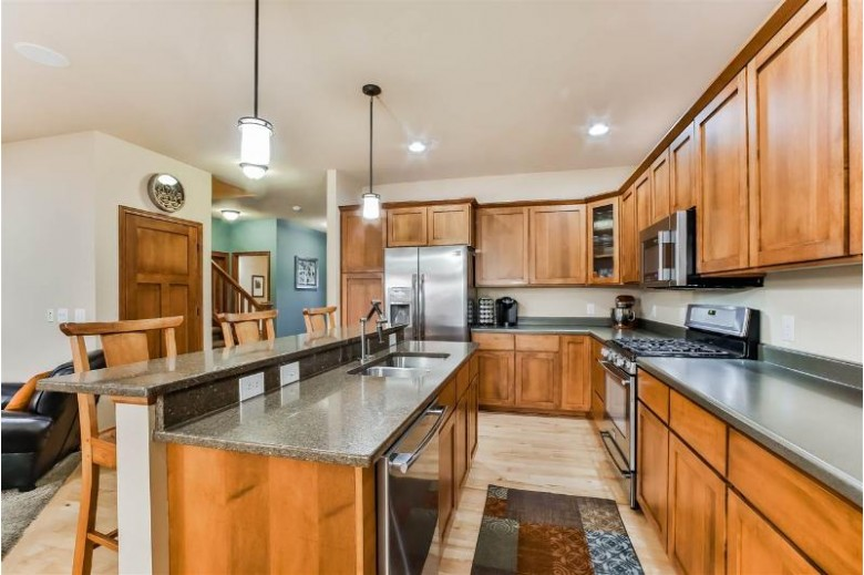 1138 Cathedral Point Dr Verona, WI 53593 by Stark Company, Realtors $454,900