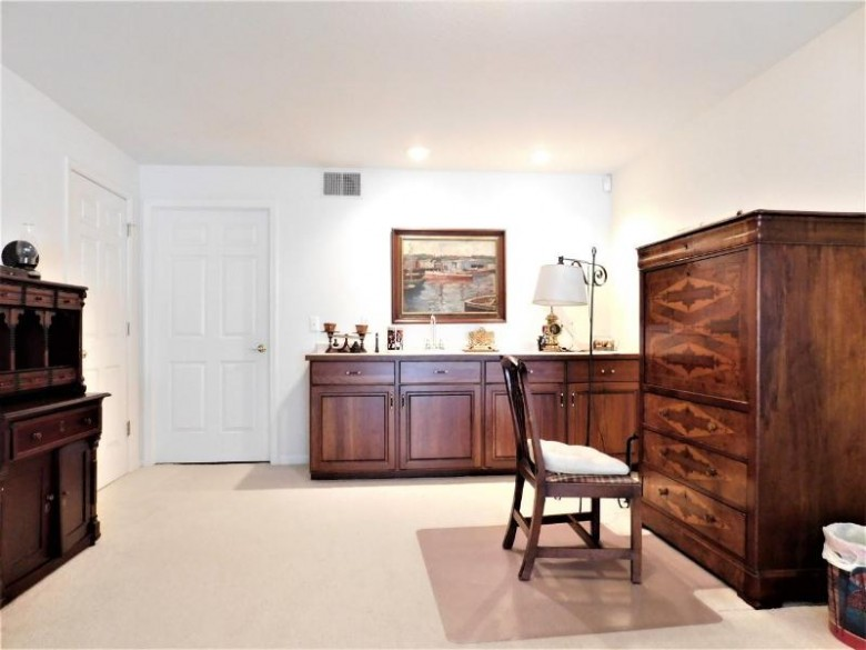 1220 Easthill Drive, Wausau, WI by Coldwell Banker Action $314,900